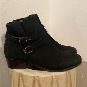 Authentic Joie black leather ankle boots Sz 9